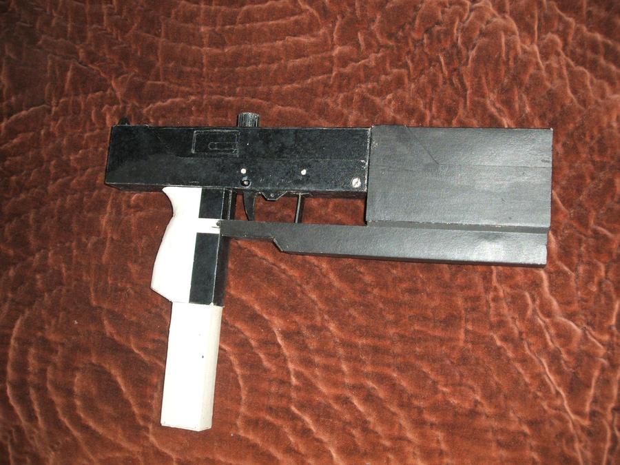 Blade 1 Machine Pistol by PatrickGavin