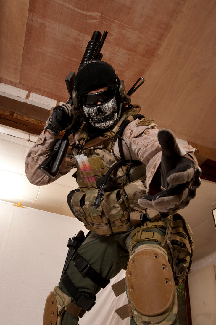 Ghost mw2 cosplay