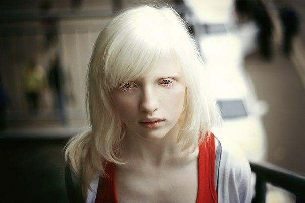 Classify russian albino Nastia Muntean