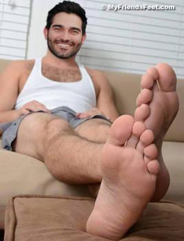 Tyler Hoechlin's Feet