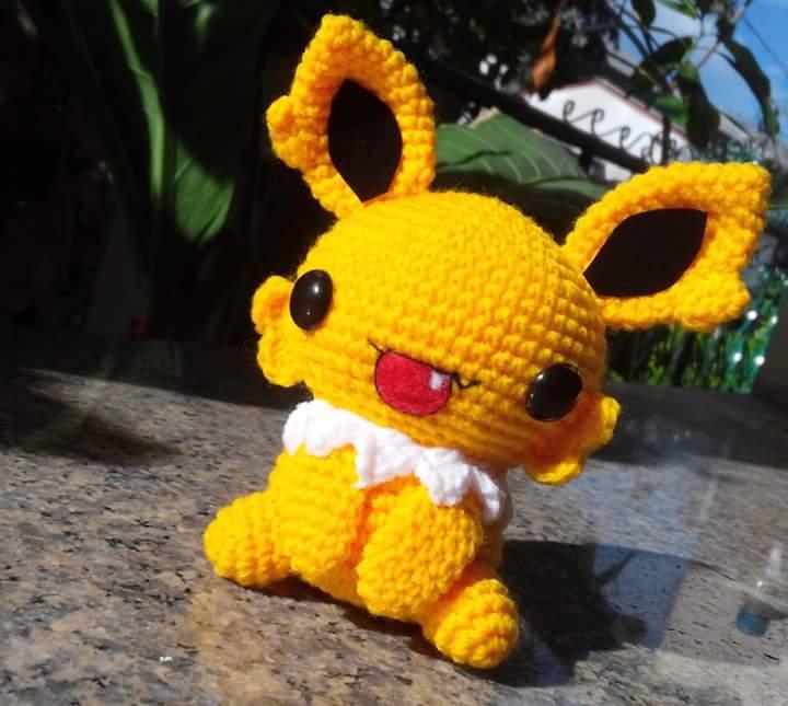 Amigurumi - Jolteon (Pokemon) by TeaTlme