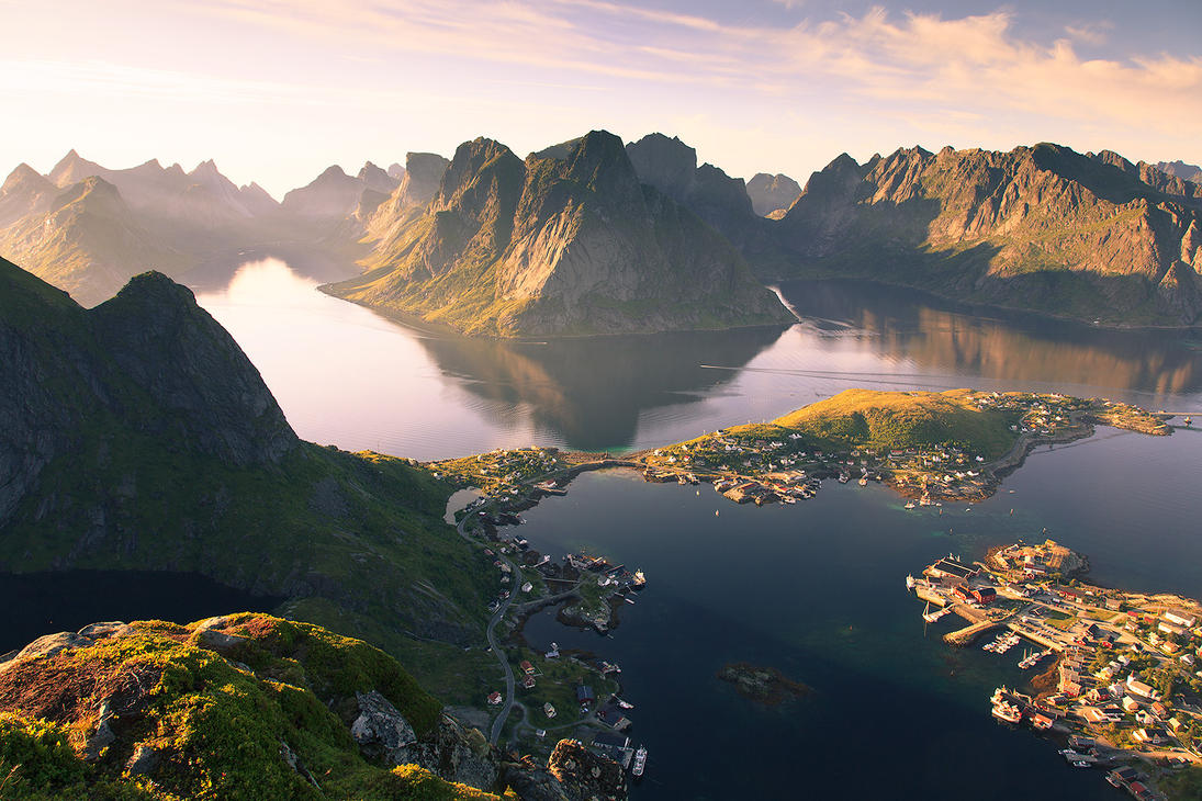 Reine from Reinebringen by jonpacker