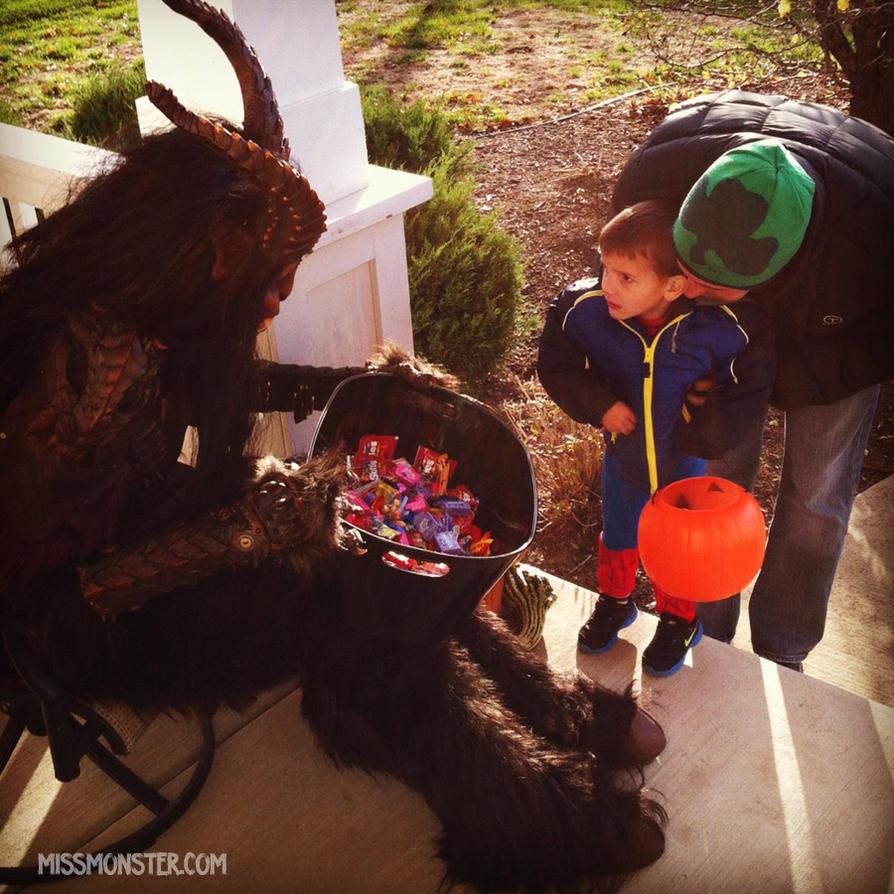 Halloween trick or treat 2012 by missmonster