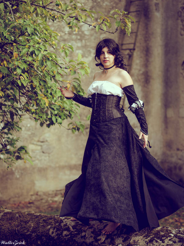 yennefer_dress_by_deltacode_dd37611-pre.