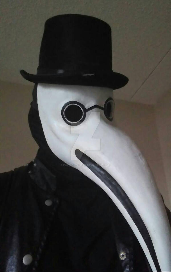 My Crappy Plague Doctor Costume. xD by PlayboyVampire