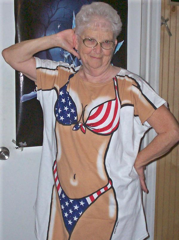 image Sexy grandma suck and fuck lucky boy