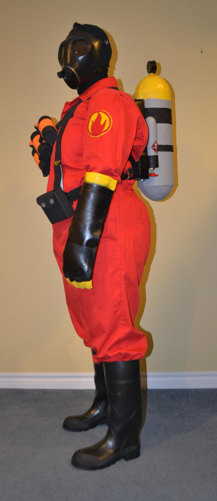 Pyro Tf2 Cosplay Pyro Cosplay Side by M...