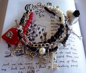 Queen of Hearts Bracelet by neurolepsia