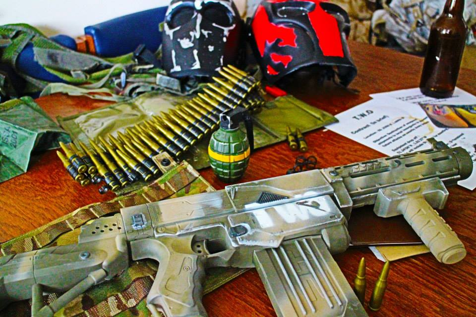 Army of two themed nerf gun paint job. by themillenniumarmoury