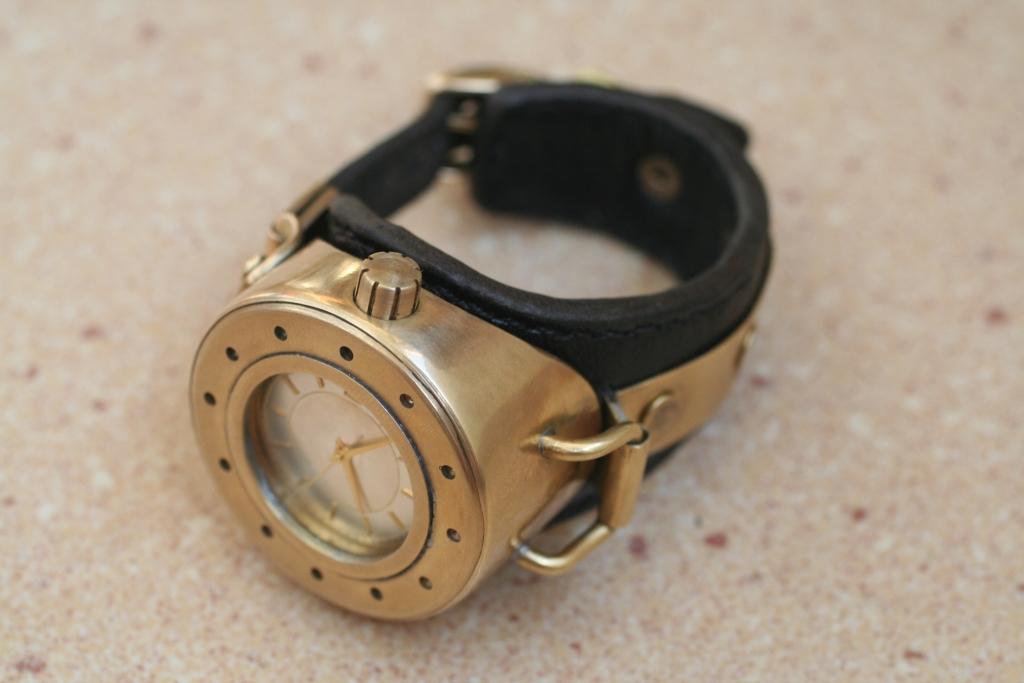 Reloj steampunk de muñeca (paso a paso) Steamwatch_1_2_by_gogglerman-d3e98mg