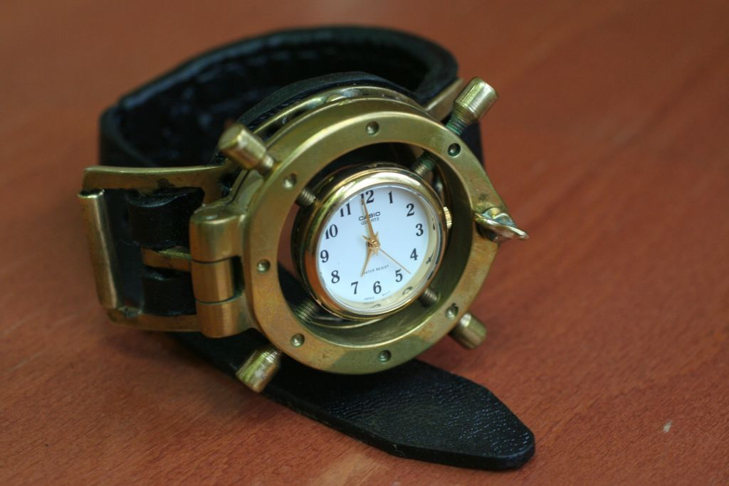 Reloj steampunk de muñeca (paso a paso) Steamwatch_3_by_gogglerman-d3i0v2g