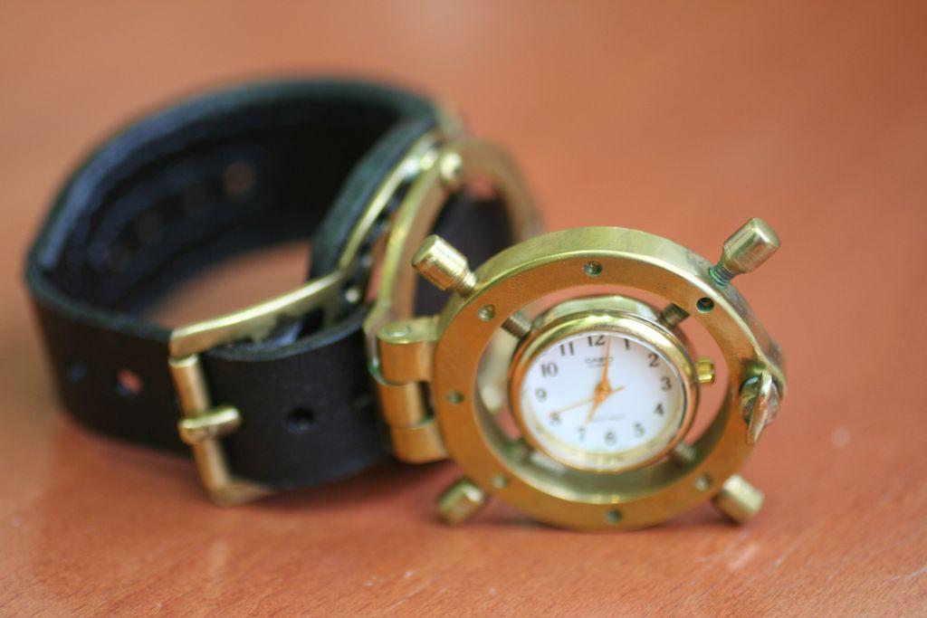 Reloj steampunk de muñeca (paso a paso) Steamwatch_3_4_by_gogglerman-d3i0vdz