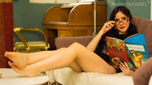Laura Luna in Comic View