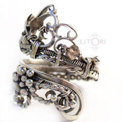 BACHUS - silver ring witch quartz