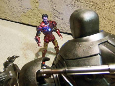 Hot Toys Iron Monger and custom Iron Man