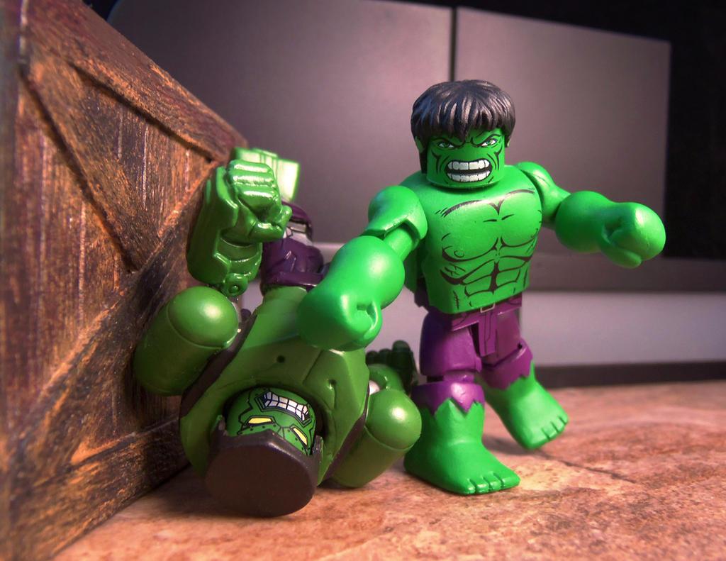 Hulk vs Robot Hulk Minimates by luke314pi