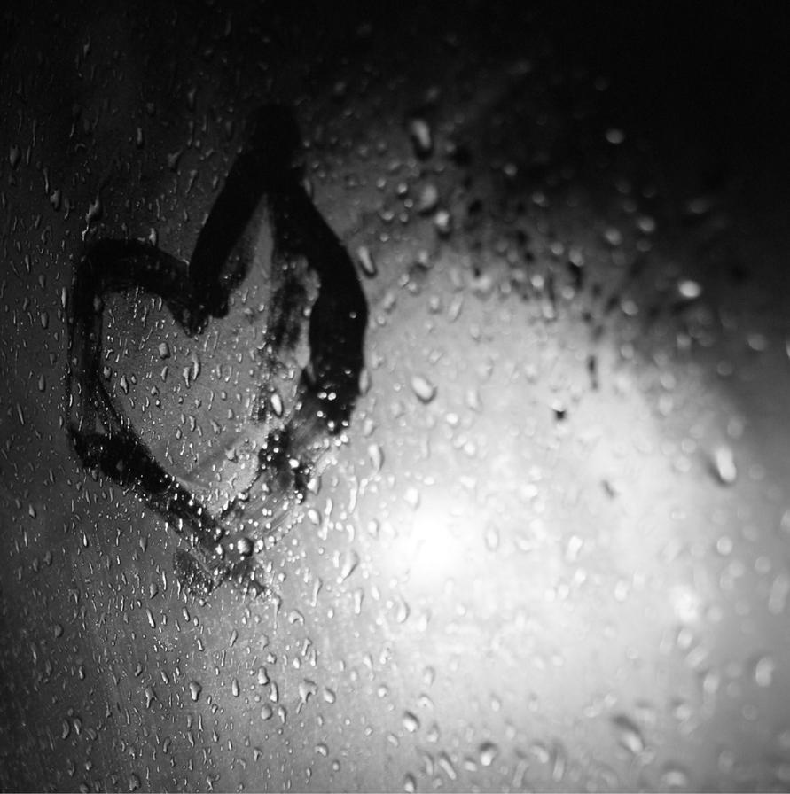 Romantic love pictures black and white photo23