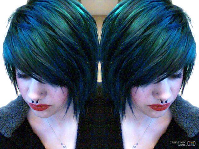 blue hairrrrz by SaraSunshineeeee