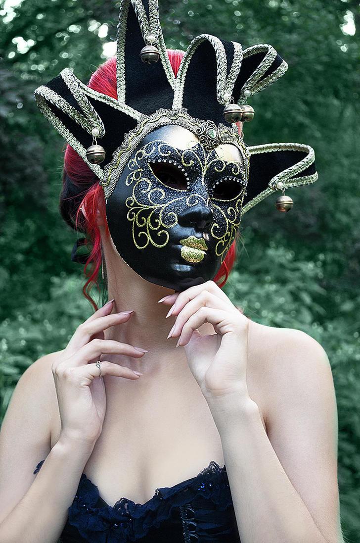Mask 2 by Kate-Slusarenko