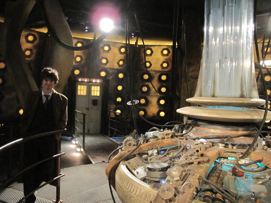 The Tenth Doctor in the TARDIS by MBaca42 on DeviantArt