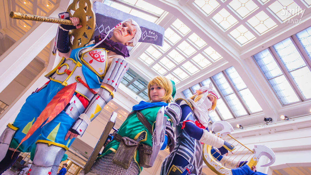 Legend Of Zelda Hyrule Warriors Group Cosplay By