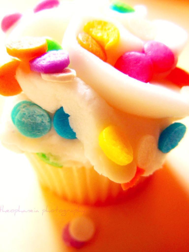 Mini Cupcakes Series 3 by KespeadooksitAgain