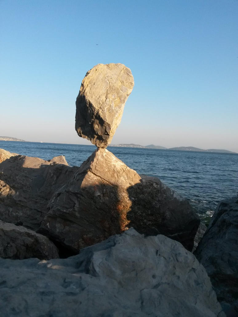 balanced stones 6 by yelkenlin