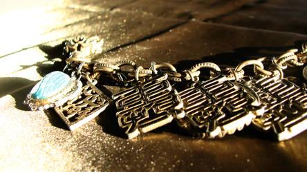 Chain by loirn
