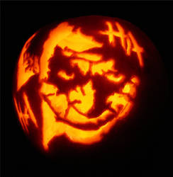 Joker pumpkin by MessyPandas
