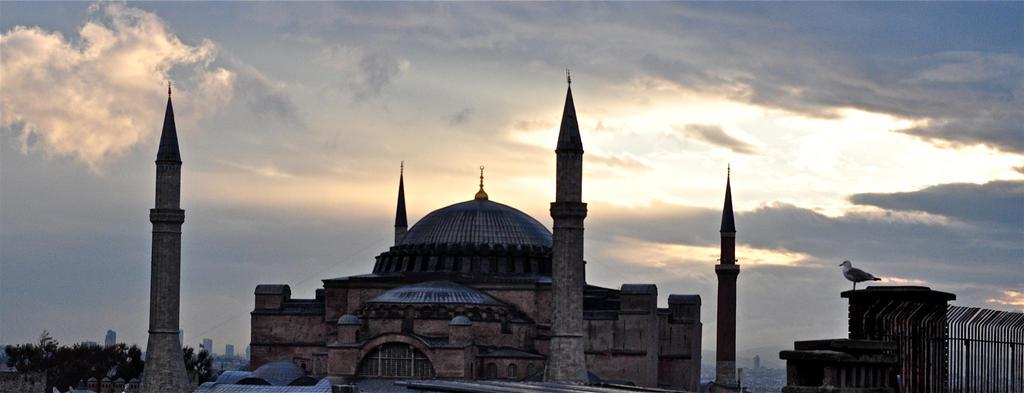 Hagia Sofia [Istanbul] by xXNiueXx