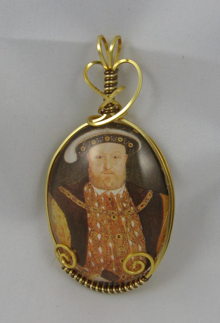 Henry VIII pendant by deridolls