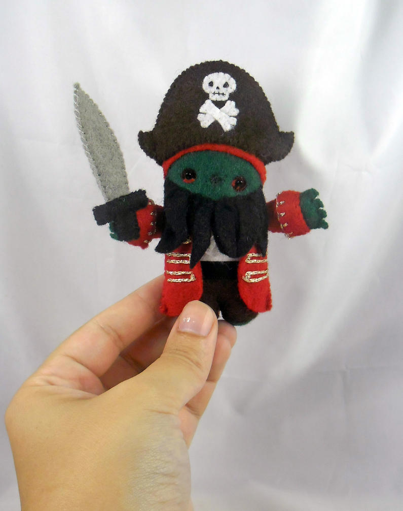 Pirate Le Chuck - Scale by deridolls