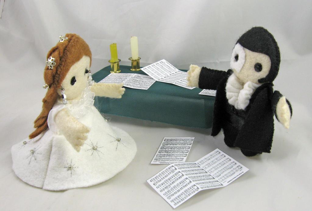 Phantom of the Opera - Eric and Christine by deridolls