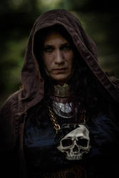 The dark Priestress