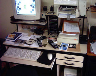 My Desktop by isnayper