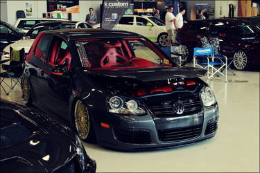 Tuning Days 2012 - No. 4 // VW Golf MK5 by DataExe