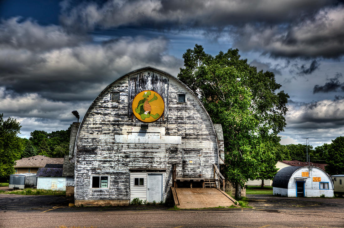 Barn, Turtle Lake, Wisconsin, June 2016 by Muskeg