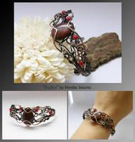 Fadya- wire wrapped bracelet by mea00