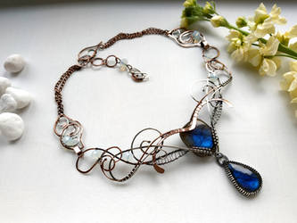 Eshne- wire wrapped necklace, labradorite, silver