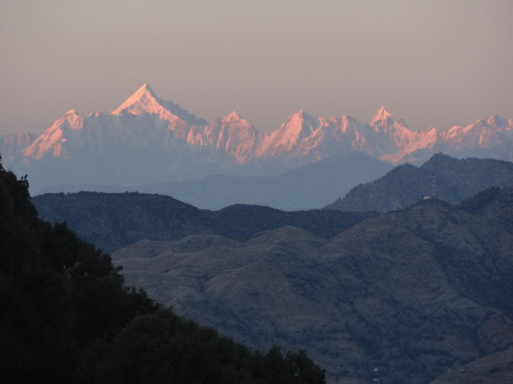 Himalayas catching the last light by SizzlingSherry