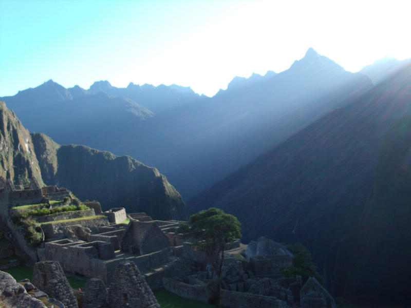 Machu Picchu in the Light by psychmeout