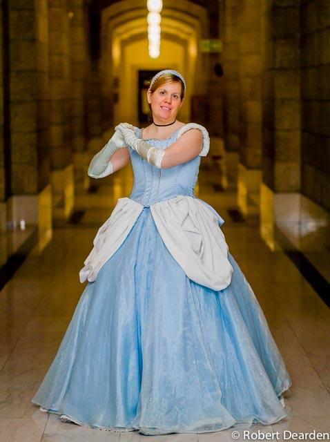 Cinderella - Hallwayz by YunaAngelz