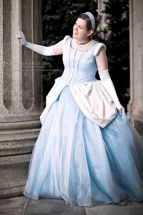 Cinderella - Looking close by YunaAngelz