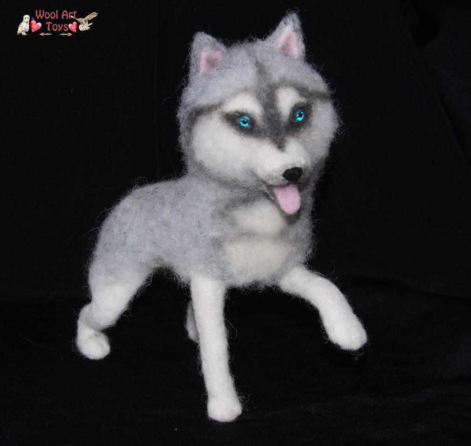 Miniature Sculpture of your dog. Needle Felted Dog  - Page 2 Siberian_husky___artist_needle_felted_dog_by_woolarttoys-d8edax6