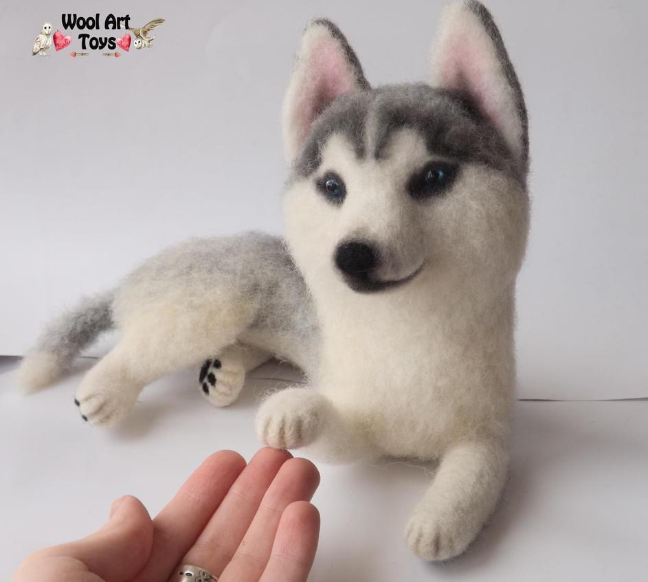 Miniature Sculpture of your dog. Needle Felted Dog  - Page 2 Siberian_husky_oskar___artist_needle_felted_dog_by_woolarttoys-d8jfr4q