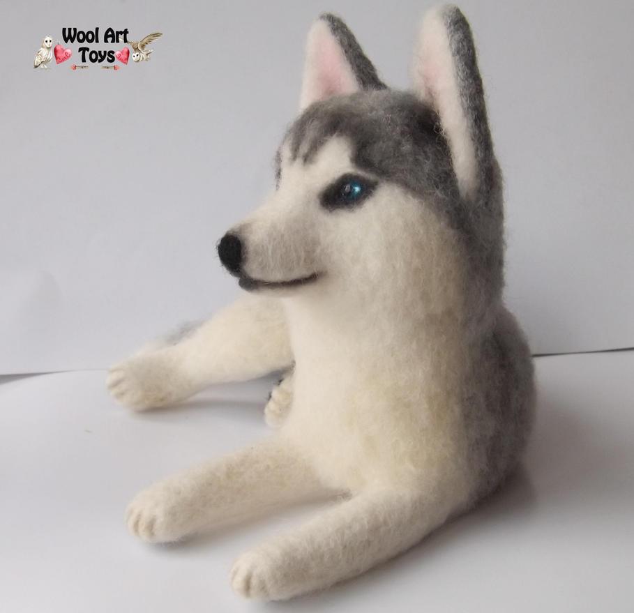 Miniature Sculpture of your dog. Needle Felted Dog  - Page 2 Siberian_husky_oskar___artist_needle_felted_dog_by_woolarttoys-d8jfr9z