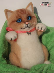 Needle Felted Kitty by WoolArtToys