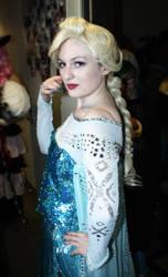 Polymanga 2014 - Elsa - Frozen (2) by odyssekuja