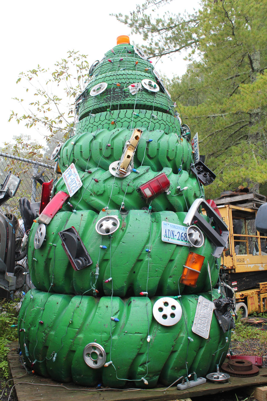 Christmas Tree of Tires.. by mngoosmike2001 on DeviantArt