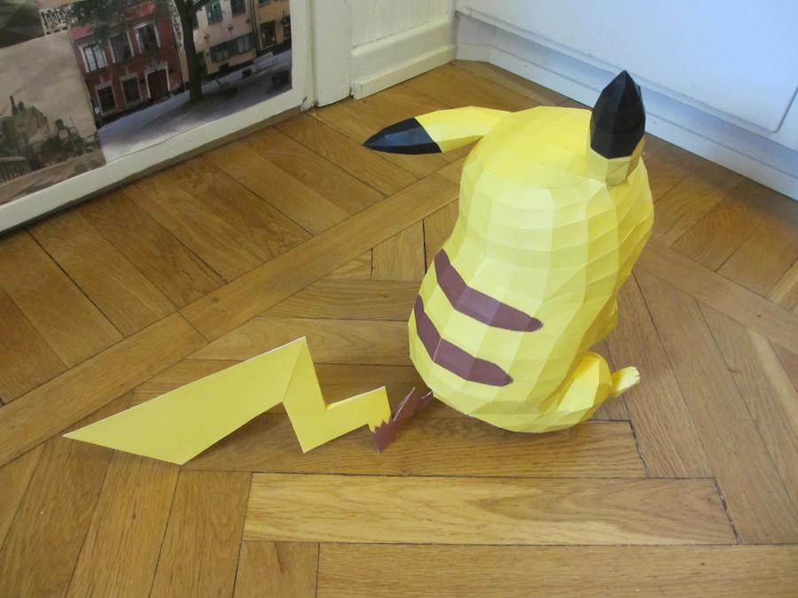 pikachu back by minidelirium